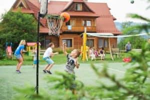 Regionalny pensjonat Zakopane plac zabaw
