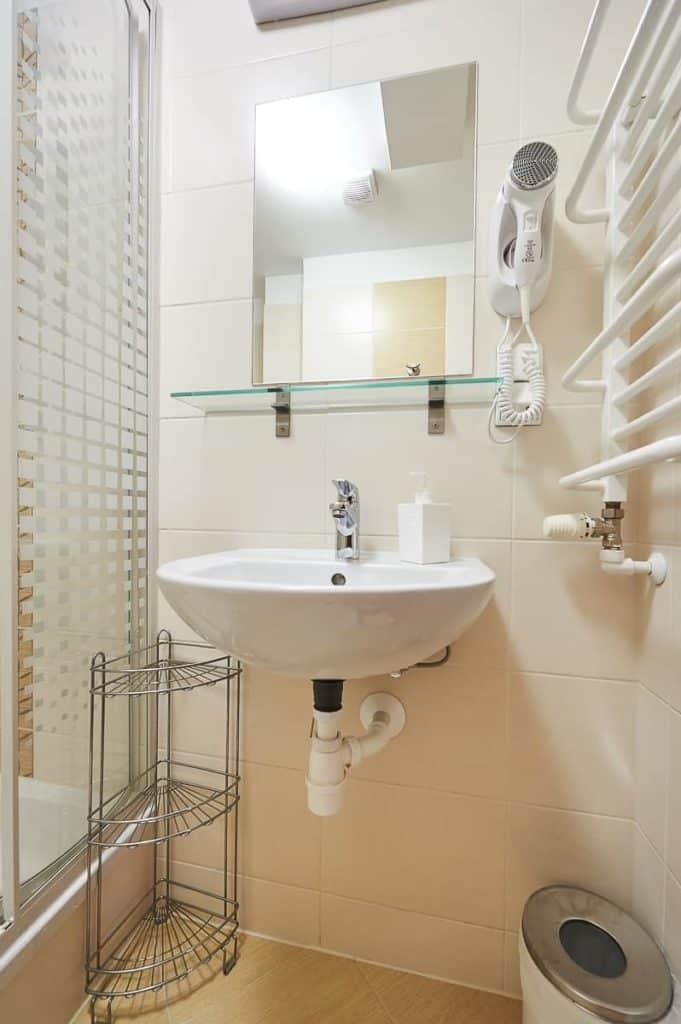 Jednoosobowe pokoje w Zakopanem łazienka