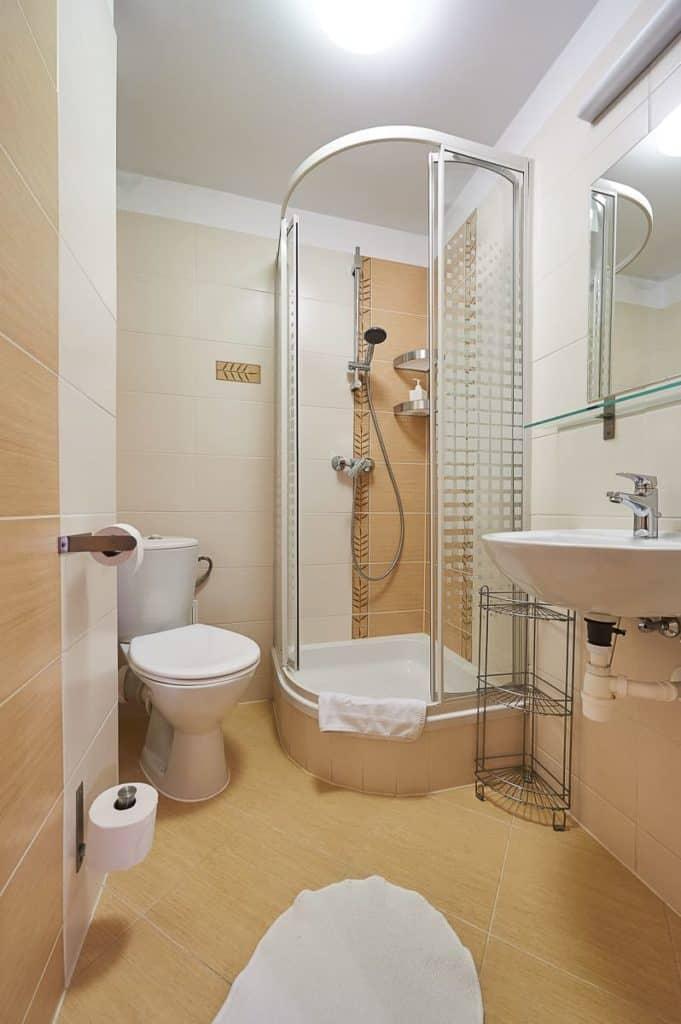 Trzyosobowy pokój w Zakopanem łazienka